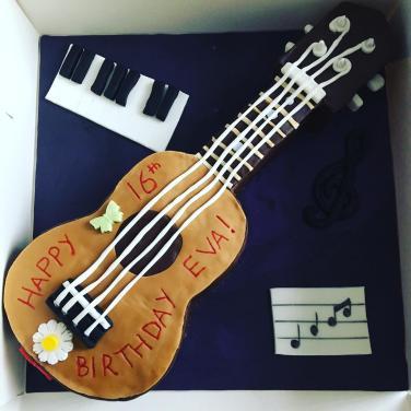 Eva's Ukulele Birthday Cake